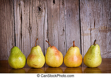 pears lined up in a row