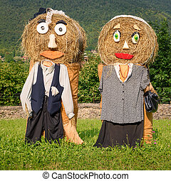 peasantry couple straw dolls - Lovely farmers Couple...