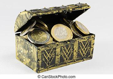 pecho de tesoros, llenado, con, moneda, modernidad del euro