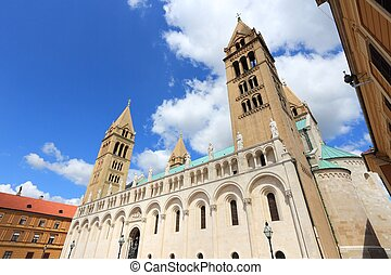 pecs, catedral