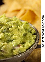 pedacitos, tortilla, verde, guacamole, casero