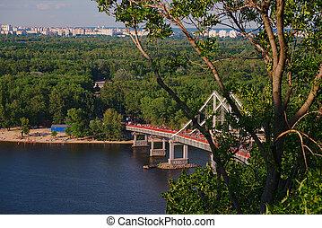 Pedestrian bridge in Kiev