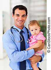 pediátrico, doutor, prendendo bebê, menina