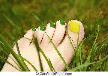 Pedicure grass.