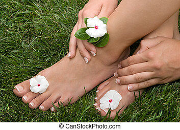pedicured, pieds, herbe