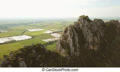 pedra calcária, montanha, em, tailandia