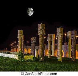 pedra, egípcio, noturna, lua, sob, colunas