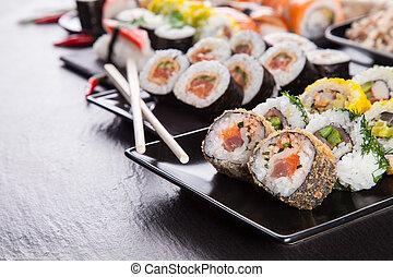 pedra, sushi, pedaços, pretas, gostosa, servido