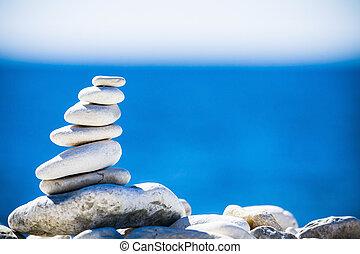 pedras, equilíbrio, seixos, pilha, sobre, azul, mar, em,...