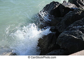 pedras, ondas