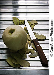 Peeled apple green