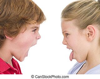 pega, hermana, ella, hermano, gritos, hombre fuera de lengua