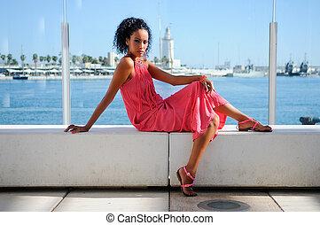 peinado, joven, puerto, mujer negra, afro