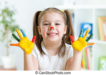 peint, mignon, petite fille, mains