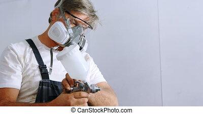 peinture, vérification, pulvérisation, mâle, mécanicien, 4k
