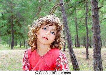 peinzend, natuur, denken, boom bos, meisje, gebaar