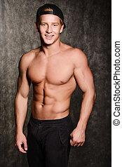 pelado, boné, torso, muscular, homem
