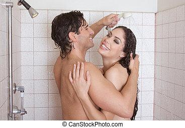 pelado, homem mulher, apaixonadas, é, beijando, em, chuveiro