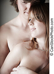 pelado, par jovem