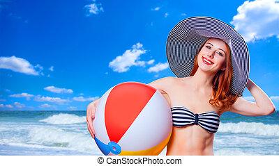 pelirrojo, niña, juguete, pelota de playa