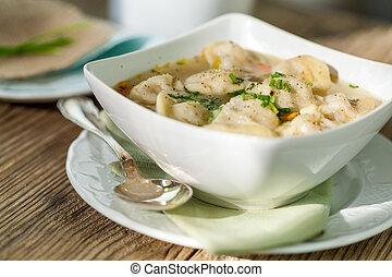 pelmeni, carne di maiale, brodo, tortellini, santoreggia, piatto, pietanza, russo