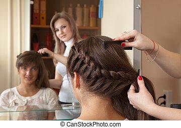 pelo, mujer, estilista, trabaja