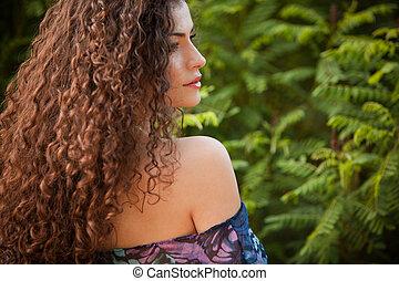 pelo, mujer, rizado