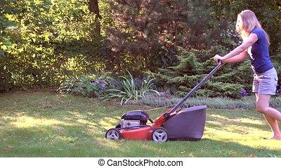 pelouse, femme, jardin, fonctionnement, barefeet, découpage, 4k, mower., girl, herbe
