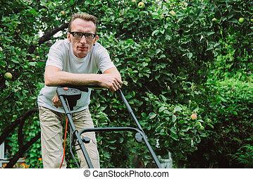 pelouse, homme, faucheur