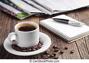 pen, notepad, avis, kaffe