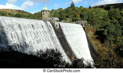 Pen-y-garreg reservoir dam. - Pen-y-garreg reservoir dam...
