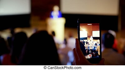 pendant, enregistrement, séminaire, conférence, business, auditorium, femme affaires, 4k