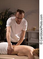 pendant, femme, délassant, masage