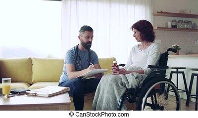 pendant, visit., visiteur, femme aînée, santé, maison, fauteuil roulant
