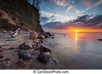 penhasco, ligado, costa mar, em, sunrise., mar báltico,...