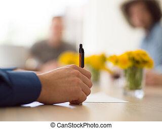 penna, man, affär, räcka lämna