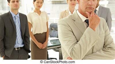 pensée, devant, sien, personnel, homme affaires