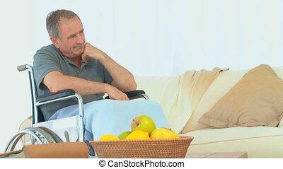 pensée, fauteuil roulant, homme, triste