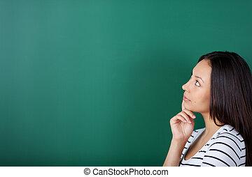 pensée, sur, femme, jeune, quelque chose