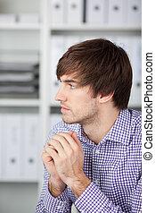 pensamiento, hombre de negocios, barbilla, manos