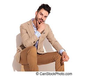pensamiento, joven, hombre sentado