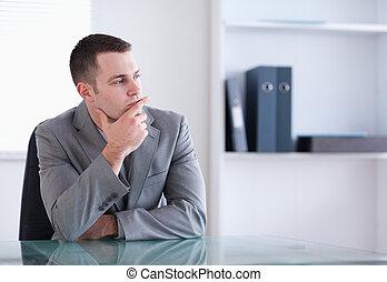 pensando, homem negócios, sentando