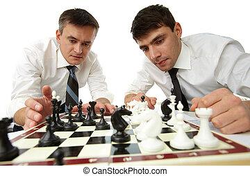 pensare, strategico