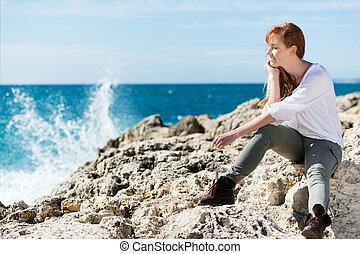 pensativo, mulher, mar, relaxante