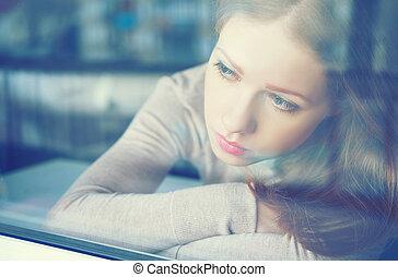 pensieroso, tristezza, ragazza, è, triste, a, finestra