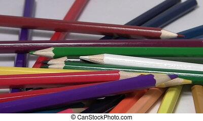 pensils, tourner, haut, coloré, fin