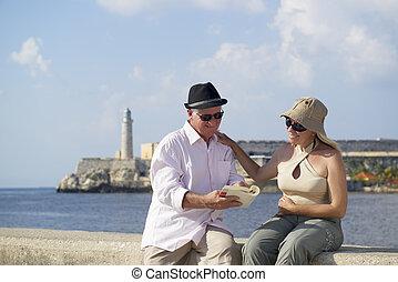 pensionamento, avana, cuba, coppia, persone, anziano, vacanze, attivo, viaggiare, divertimento, anziano, turismo, detenere