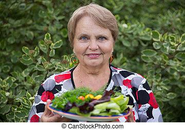 pensionista, mujer, vegetabl