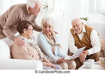 pensionistas, casa, sênior