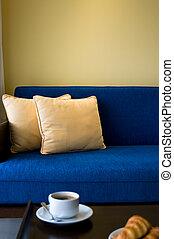 pent, woning, woonkamer, met, mooi, interieurdesign